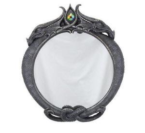 Можно ли дарить зеркало? Приметы и суеверия разных народов